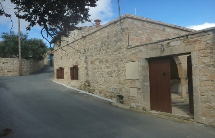 Renovated listed house in Vouni